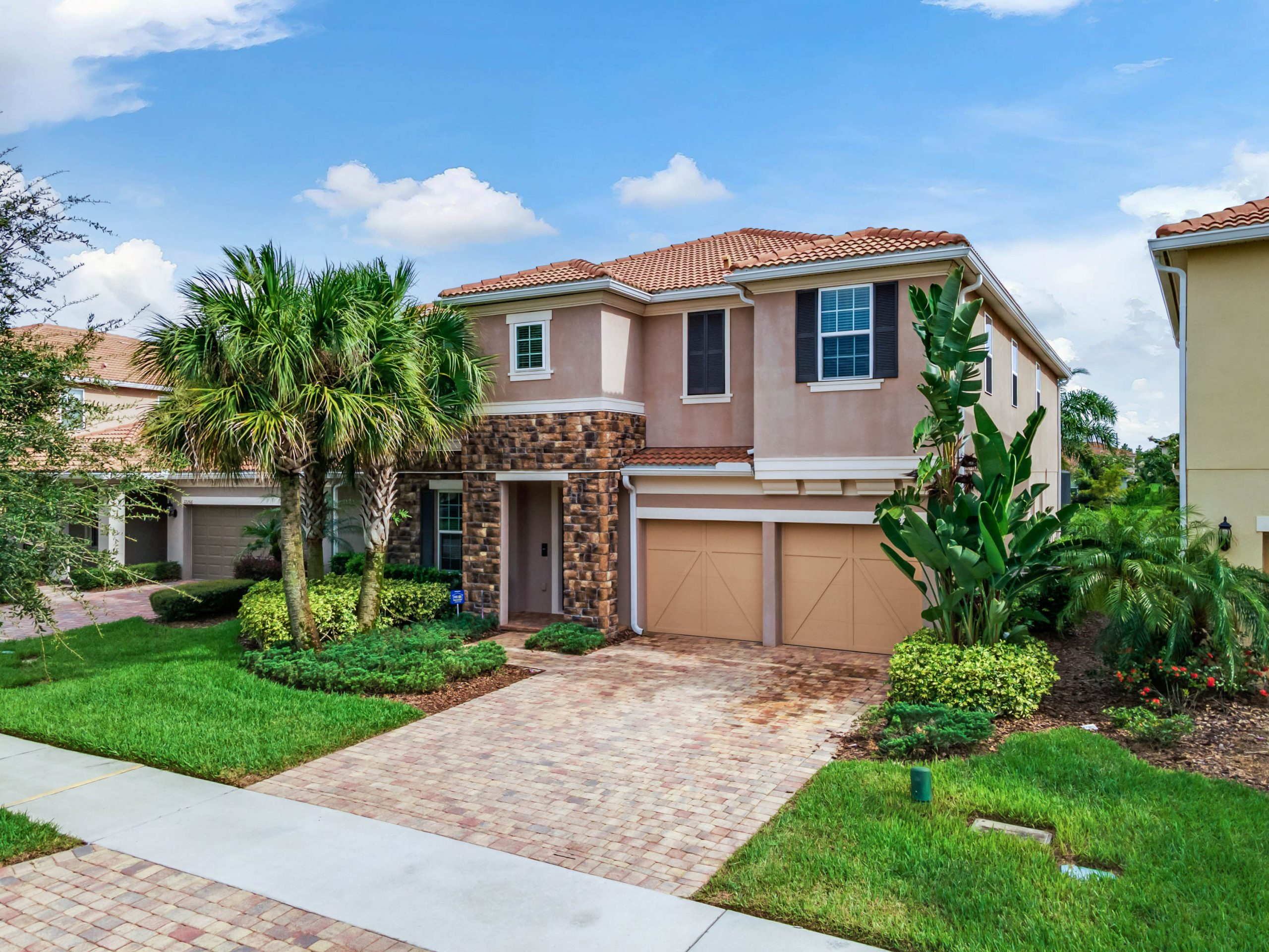 4000 Sqft Home Hits the Market in the Heart of Lake Nona