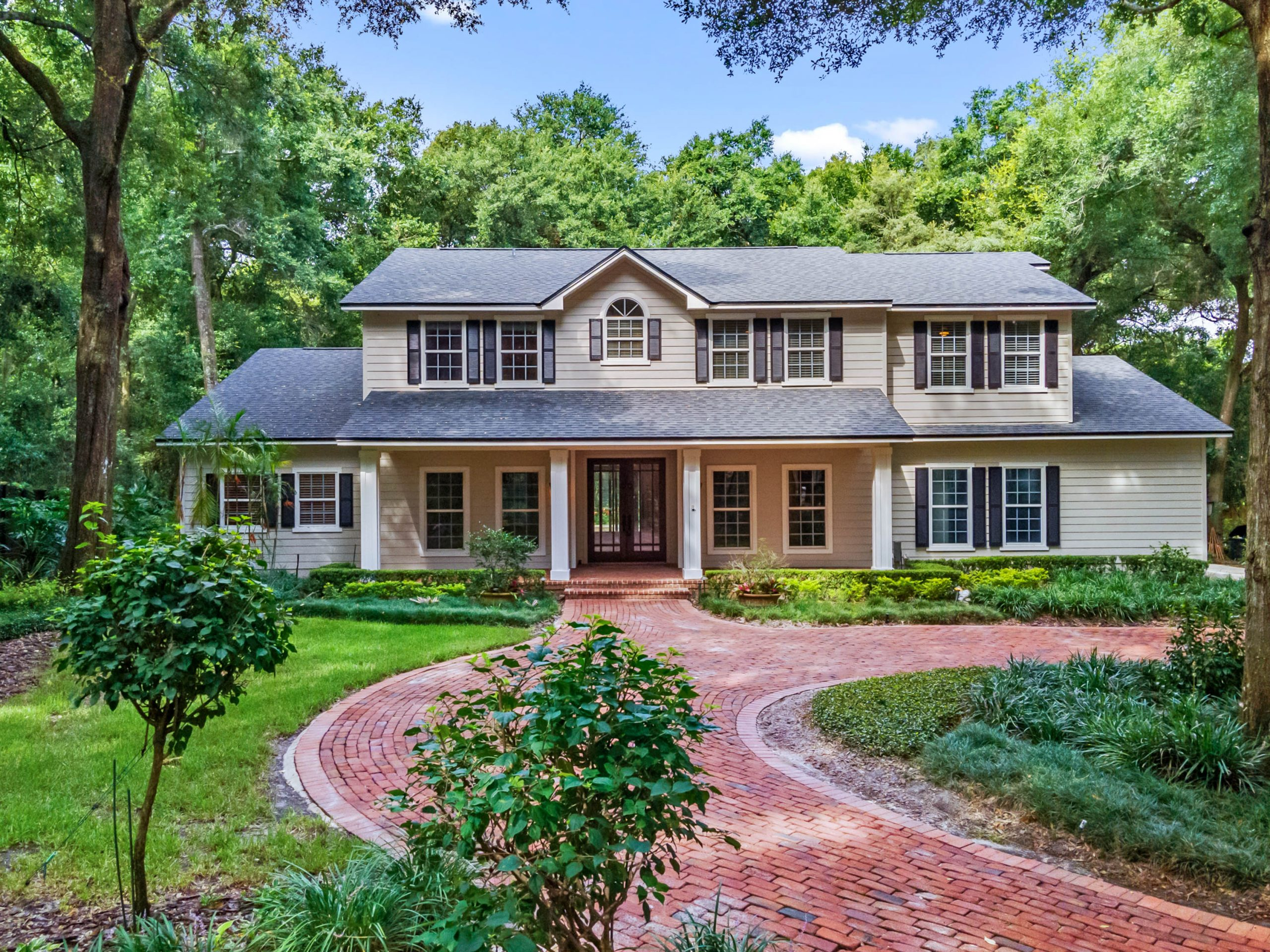 One of a Kind Windermere Estate with 5 Bedrooms & Over 1 Acre Of Land